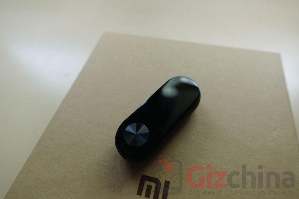 Xiaomi-Mi-Band-2-14