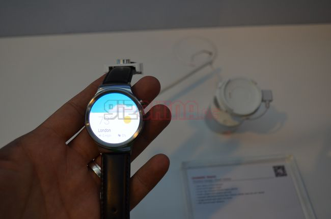 Huawei-watch-mwc15-5